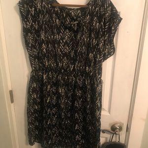 Black/white sundress